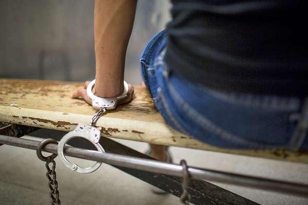 Замена наказания лишением свободы