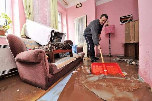 Нанесение ущерба соседями