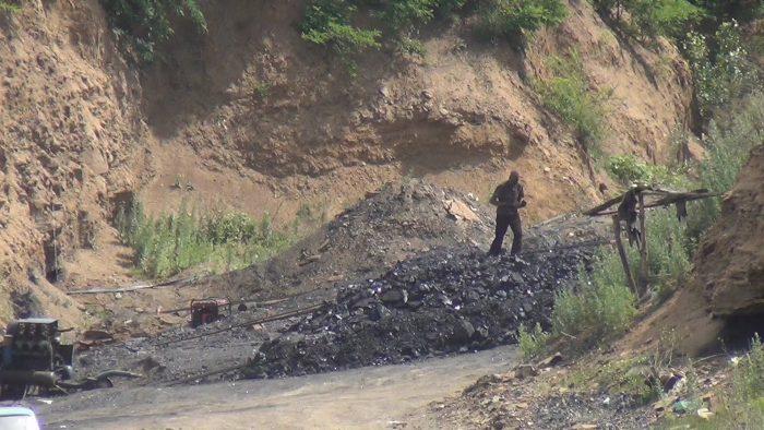 незаконная добыча угля