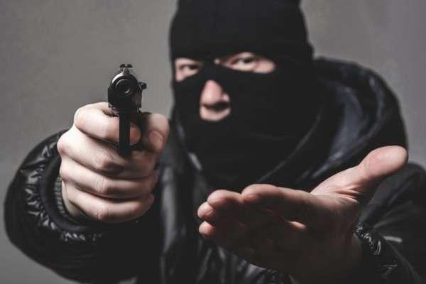 вымогательство и угрозы
