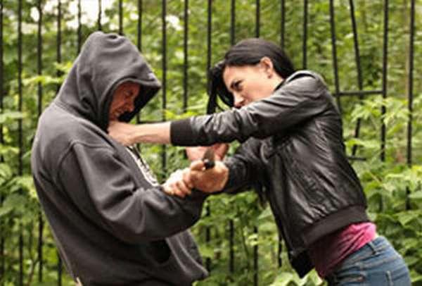 От каких видов преступных деяний следует отличать?