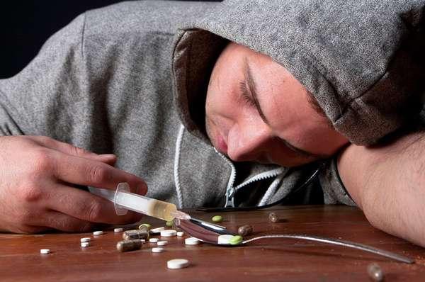 Хищение наркотических веществ