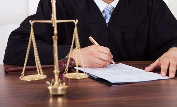рассмотрение и разрешение гражданских дел